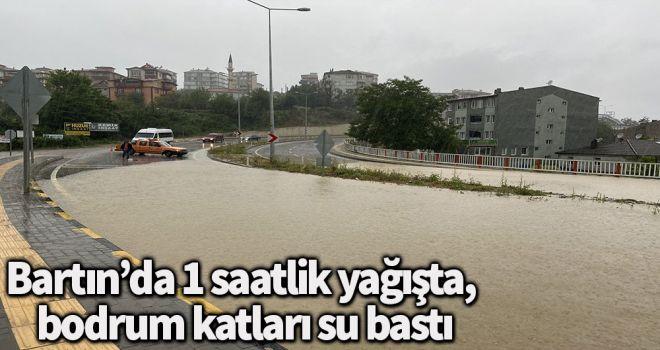 Bartın'da 1 saatlik yağışta, bodrum katları su bastı