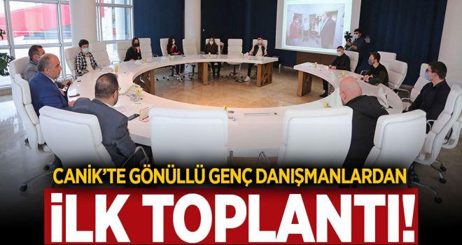 CANİK'TE GÖNÜLLÜ GENÇ DANIŞMANLARDAN İLK TOPLANTI