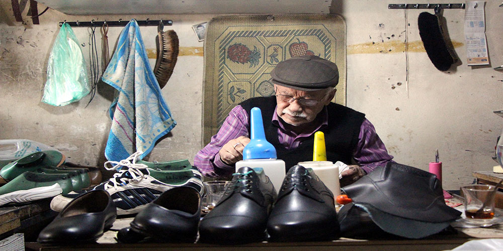 66 yıldır ayakkabıcılık yapıyor